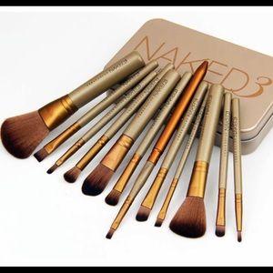 Naked3 Brushes Set (12 Pieces)